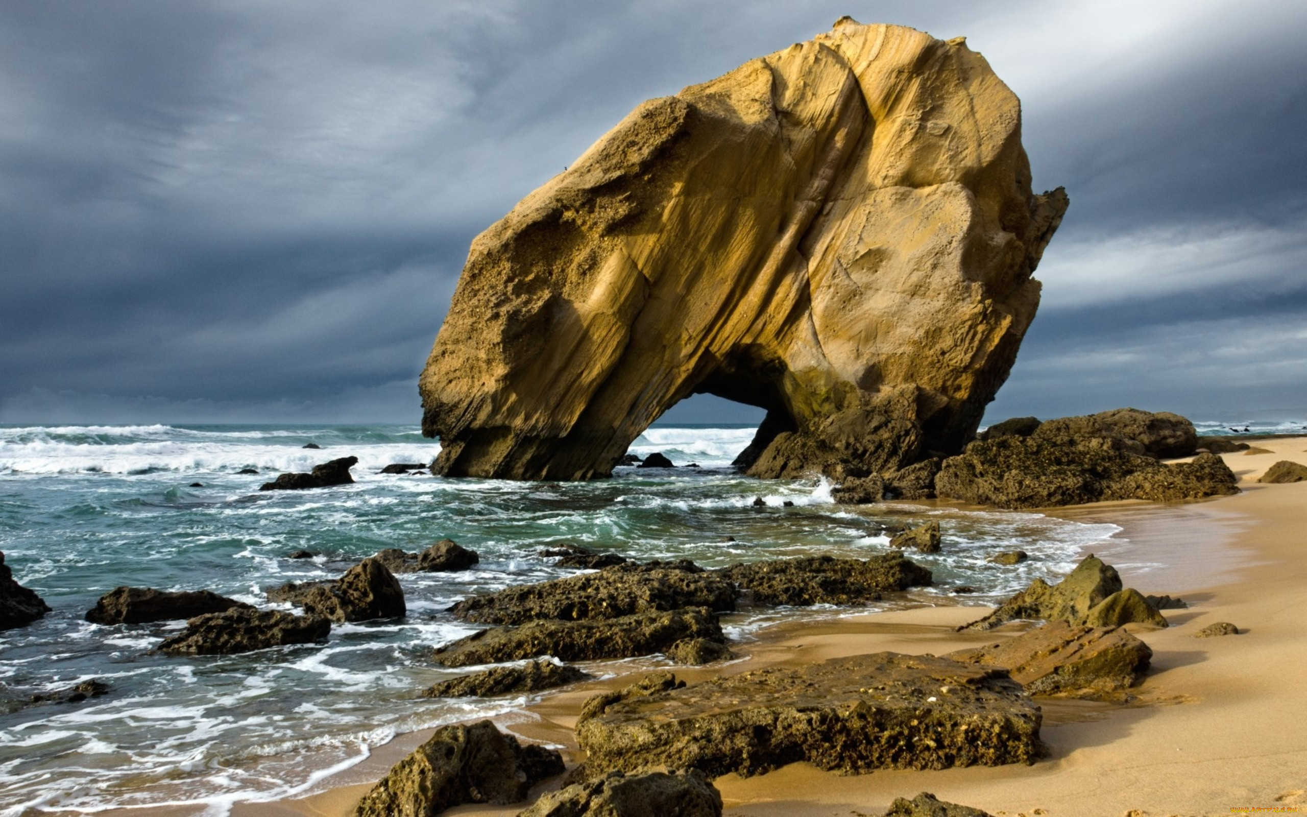 морские скалы фото прям